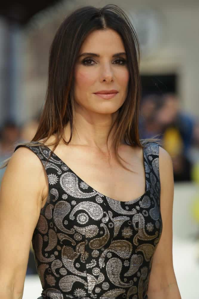 Sandra Bullock looked gorgeous even with this simple straight 'do as she attends the Minions - World premiere on June 11, 2015.