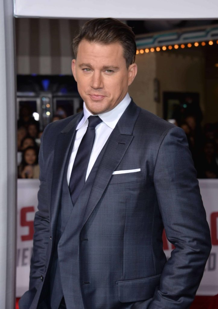 Channing Tatum looked gorgeous in a navy suit and slicked back hairstyle at the world premiere of his movie