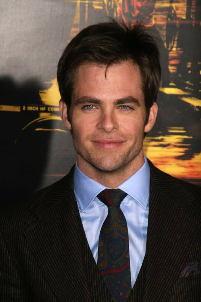 "Chris Pine sported a shaggy hairstyle at the 2010 world premiere of ""Unstoppable"" in Village Theater, Westwood, CA."
