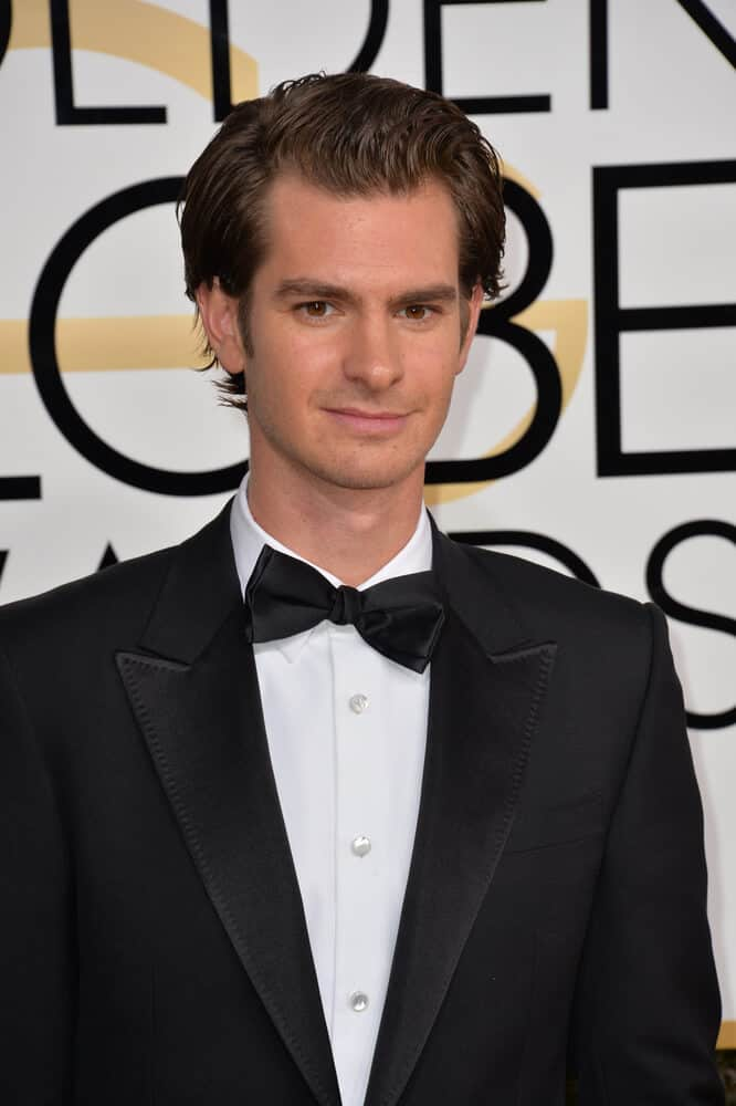On January 8, 2017, Andrew Garfield attended the 74th Golden Globe Awards at The Beverly Hilton Hotel, Los Angeles with short and slick hair.