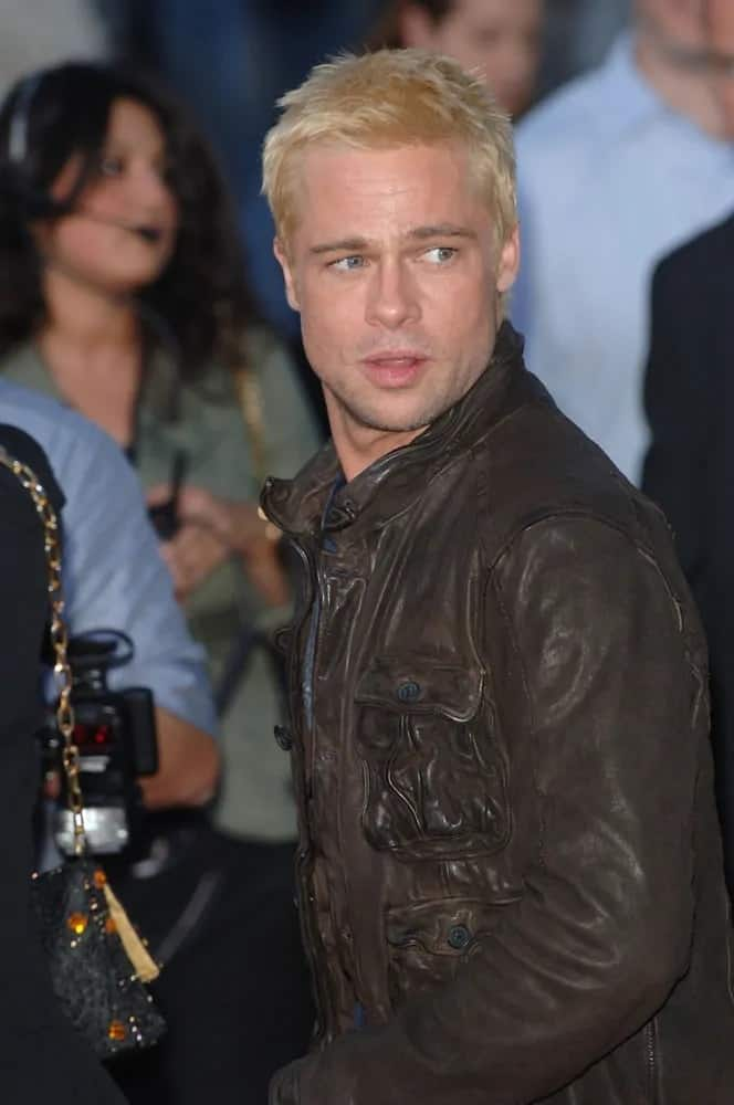 Brad Pitt dyed his short spiky hair blond when he appeared at the world premiere of his movie