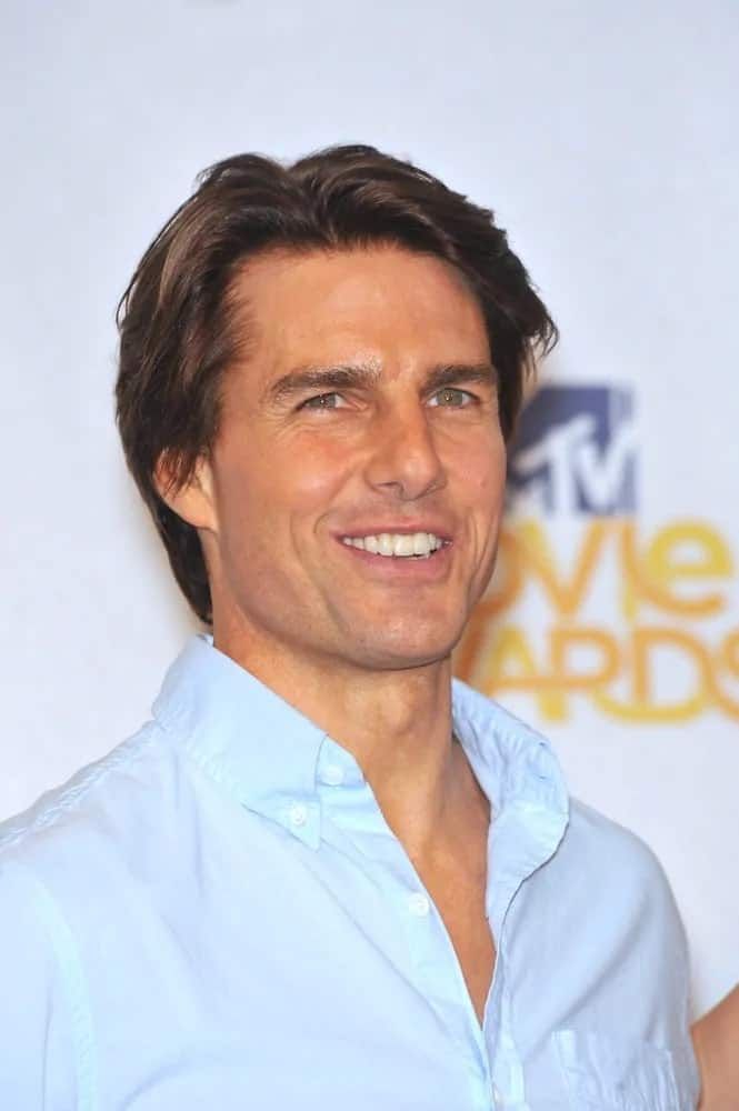 Tom Cruise looked slick and casual with his straight long hair parted in the middle during the 2010 MTV Movie Awards at the Gibson Amphitheatre, Universal Studios in Hollywood last June 6, 2010.
