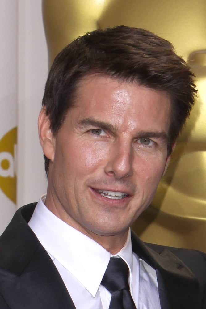 Tom Cruise arrived at the 84th Academy Awards at the Hollywood & Highland Center back in February 26, 2012 in Los Angeles, CA. He came wearing a classy suit with a short and spiky fade hairstyle.