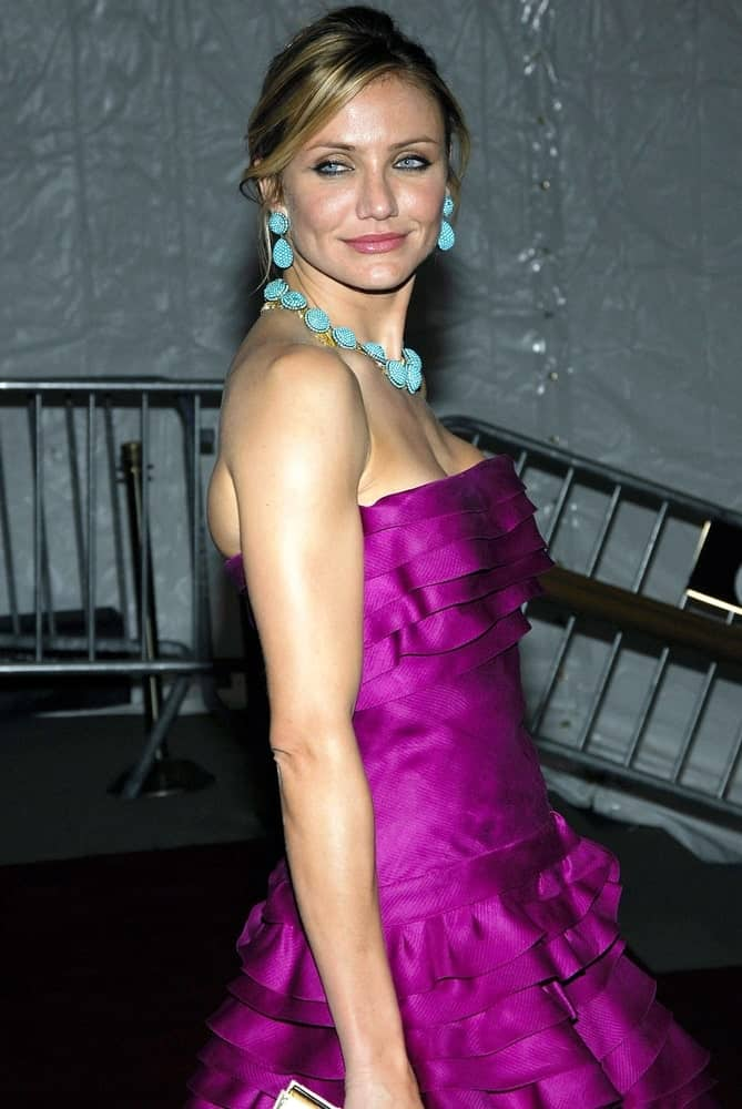 Cameron Diaz wore a gorgeous purple Dior dress at The Metropolitan Museum of Art Gala-Poiret King of Fashion, The Metropolitan Museum of Art in New York last May 07, 2007. She paired this with a simple bun updo with tendrils.
