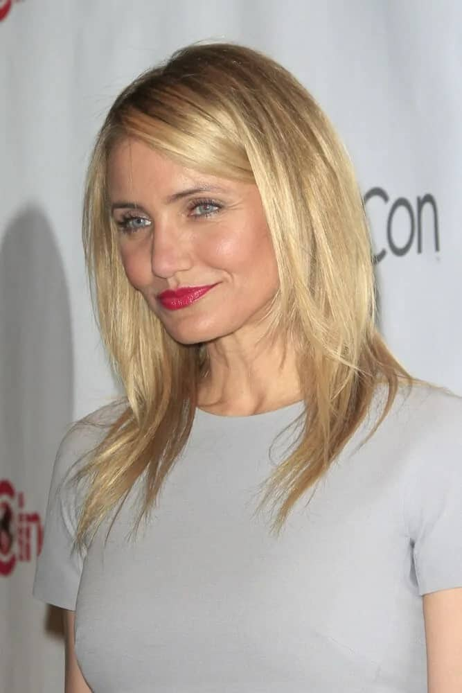 Cameron Diaz kept it simple and elegant with her slightly layered blond medium-length hairstyle during the 20th Century Fox CinemaCon 2014 Photo Call, March 27, 2014.