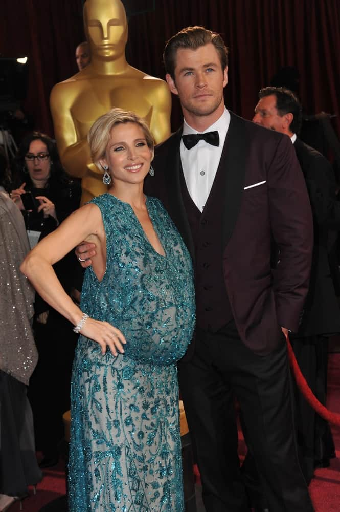 Chris Hemsworth and Elsa Pataky attended the 86th Annual Academy Awards at the Hollywood and Highland Theatre in Hollywood last March 2, 2014. Chris' neat and slick brushed-back hairstyle goes well with his three-piece suit.