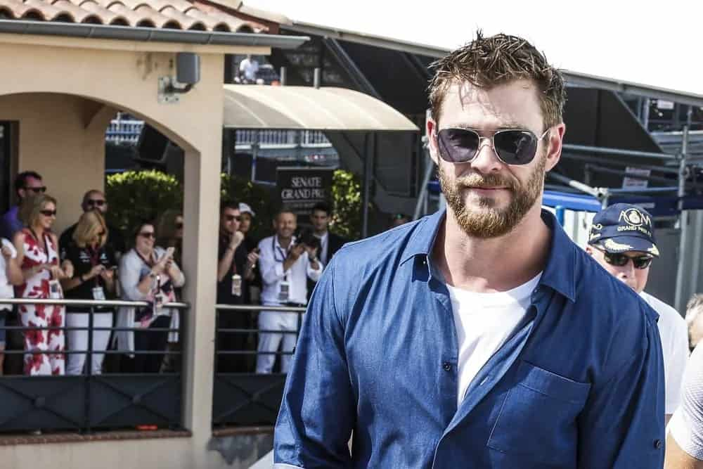 Chris Hemsworth was a guest at the F1 Grand Prix of Monaco in 2017. He was sporting a messy and spiky highlighted short hair as well as a thick beard.