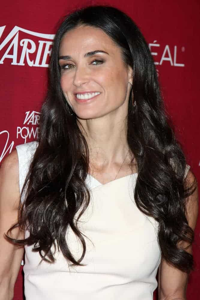 Demi Moore exhibited a neat and simple look with her tucked waves as he arrived at the Variety's Power of Women Luncheon at Beverly Wilshire Hotel on September 23, 2011.