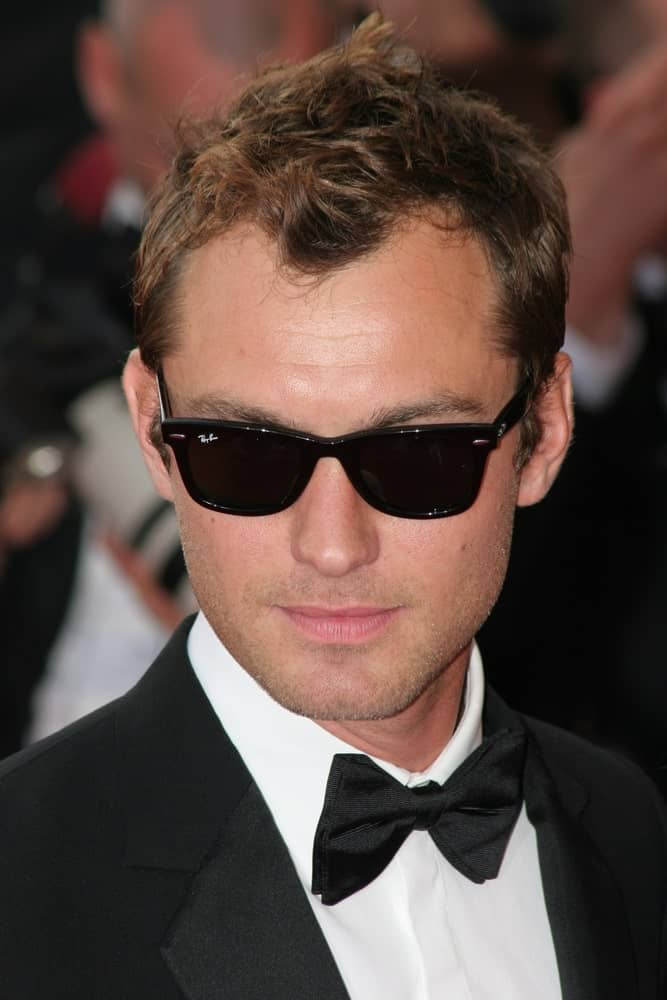 Actor Jude Law arrived at the 'My Blueberry Nights' premiere and 60th International Cannes Film Festival Opening Night last May 16, 2007 in Cannes, France. He exuded confidence in his tux and tousled spiky hair with highlights.