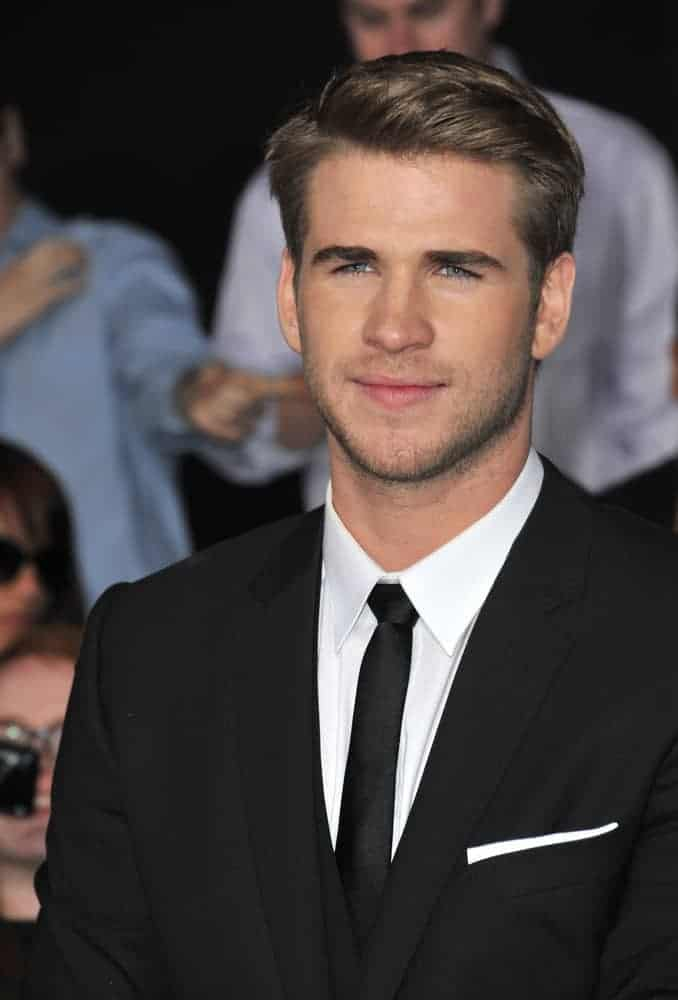 Liam Hemsworth rocked this side-parted hairstyle at the world premiere of his movie