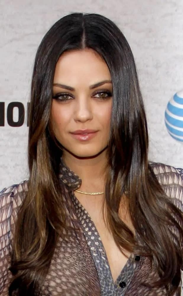 The talented actress looked superbly sexy with her highlighted straight layers with a center part to frame her lovely face at the Spike TV's 5th Annual 2011