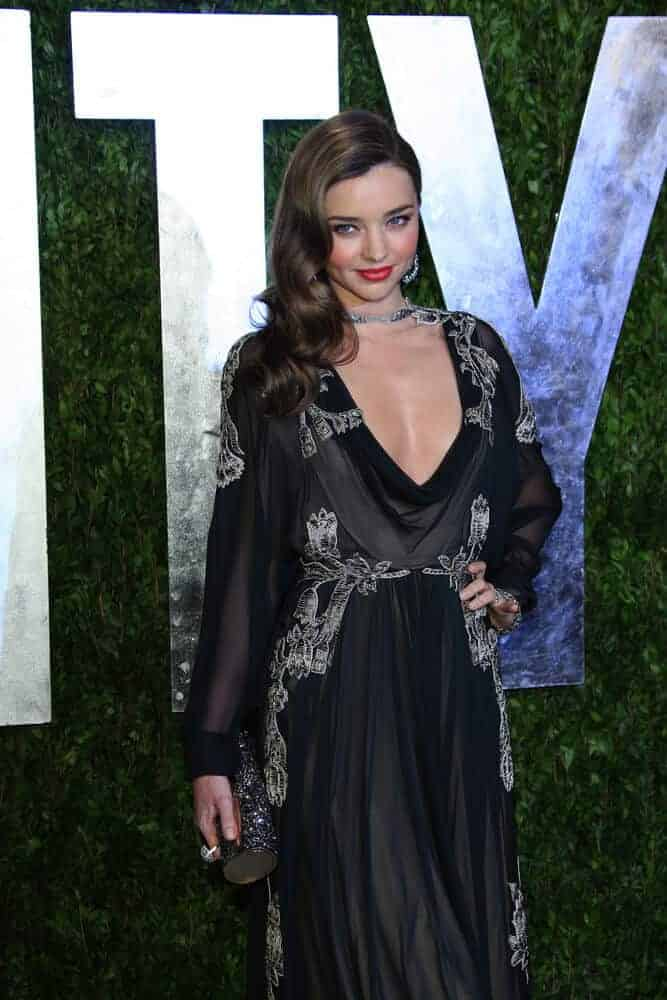 Miranda Kerr's retro-inspired hairstyle caught the attention of many during the Vanity Fair Oscar Party held last February 24, 2013.