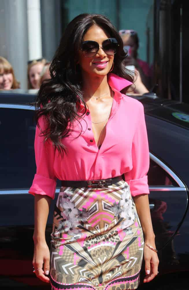 Nicole Scherzinger portrayed how perfect thick waves are when tousled. This side-swept hairtsyle is what she wore during the X-Factor Auditions at the Wembley Arena in North London, July 15, 2013.