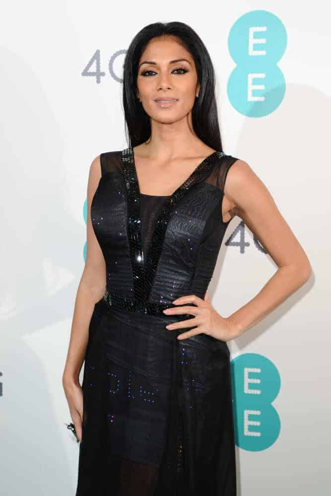 Nicole Scherzinger looked stunning with her elegant-looking, sleek hairstyle she wore last January 11, 2012 for the Everything Everywhere 4G launch party at Battersea Power Station, London.