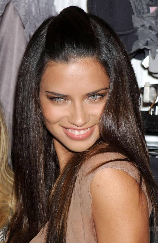 Adriana Lima had her dark shiny straight hair in a half up half down style that emphasizes her natural beauty at Victoria's Secret Introduces Supermodel Obsessions in New York last August 26, 2008.