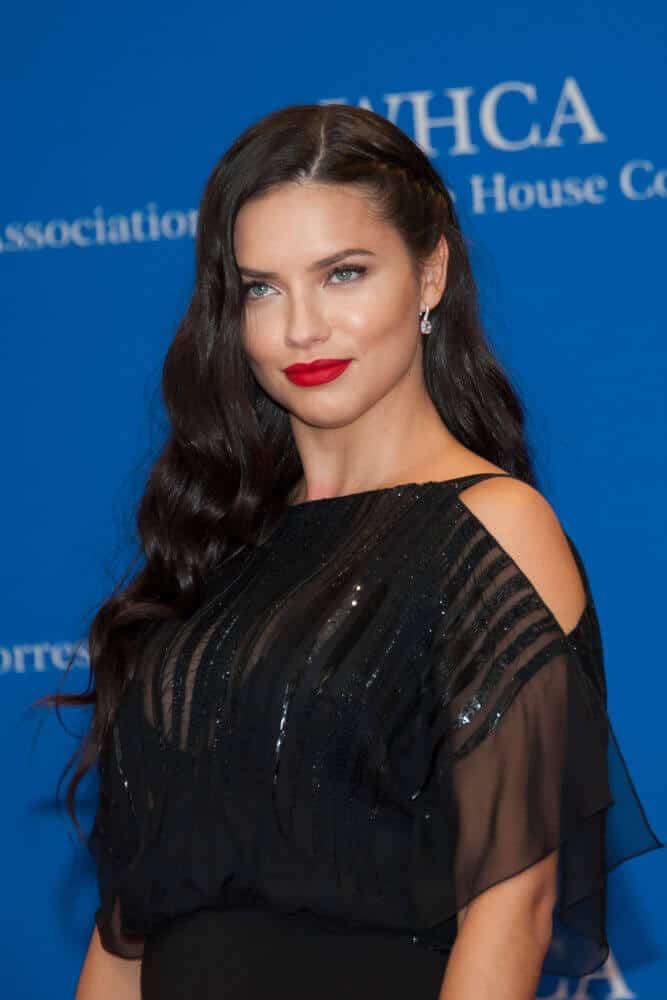 Last  April 25, 2015, Lima attended the White House Correspondents' Association Dinner in a sweet, braided style oozing with elegance and style.