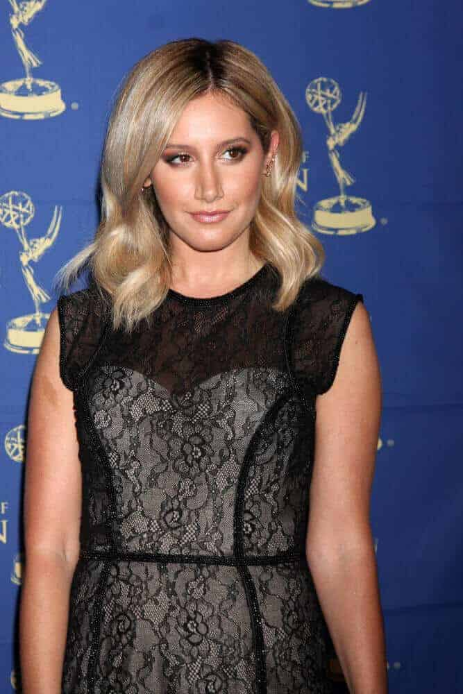 Tisdale exhibited not just beauty but also sophistication with this mid-length waves she wore during the 2014 Creative Daytime Emmy Awards.