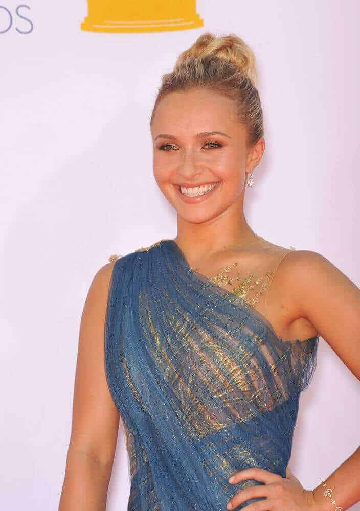 Panettiere wore a stunning and elegant-looking high bun during the 64th Primetime Emmy Awards, September 23, 2012.