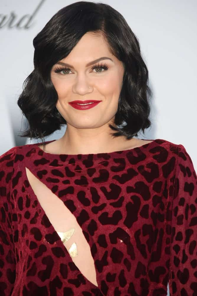 Jessie J's wavy bob hair was styled into this sexy side-swept masterpiece for the AmfAR's Cinema Against Aids gala 2012 in Cannes, France last May 5, 2012.
