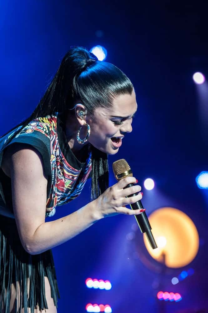Jessie J performed at the Belgrade Calling Festival last June 27 2012 in Belgrade, Serbia wearing a colorful patterned outfit to match her sleek high ponytail hairstyle.