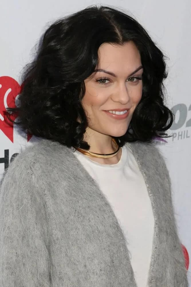 Jessie J showcased her tousled and voluminous shoulder-length curls with a simple casual outfit at the Q102's Jingle Ball last December 10, 2014.