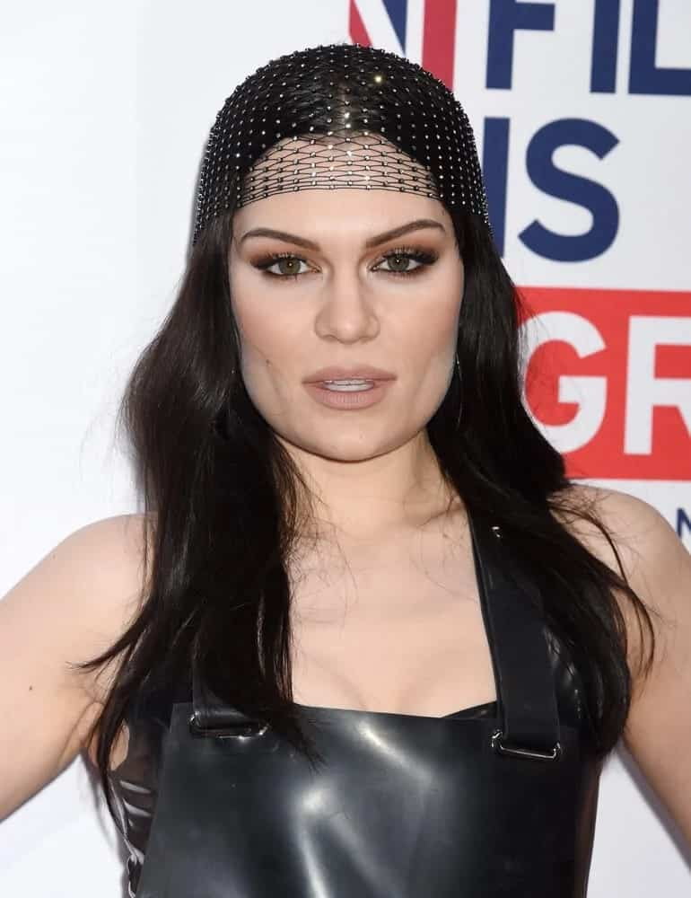 Singer Jessie J looked beautiful and unique with her loose and tousled hairstyle complemented with a decorative hairnet during the Film is GREAT Reception last February 24, 2017.