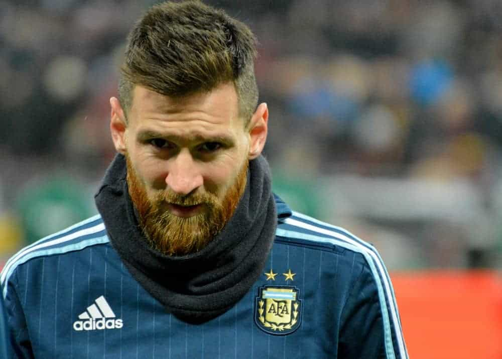 On November 11, 2017, Argentina national football team captain Lionel Messi readied before the match against Russia in Moscow. He wore his uniform with a full and thick beard topped with a spiked fade haircut.