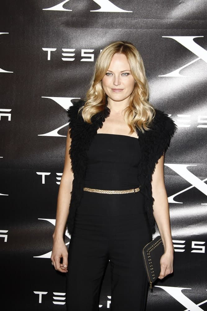 Malin Akerman's usually blond waves were dyed and highlighted to a more brownish tone at the Tesla Worldwide Debut of Model X last February 9, 2012 in Hawthorne, Los Angeles.