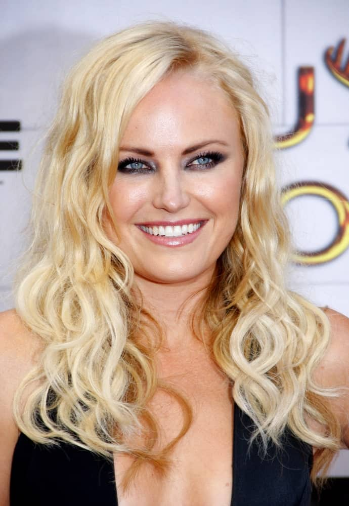 Malin Akerman's loose and tousled beach hair has subtle highlights at the Spike TV's 6th Annual