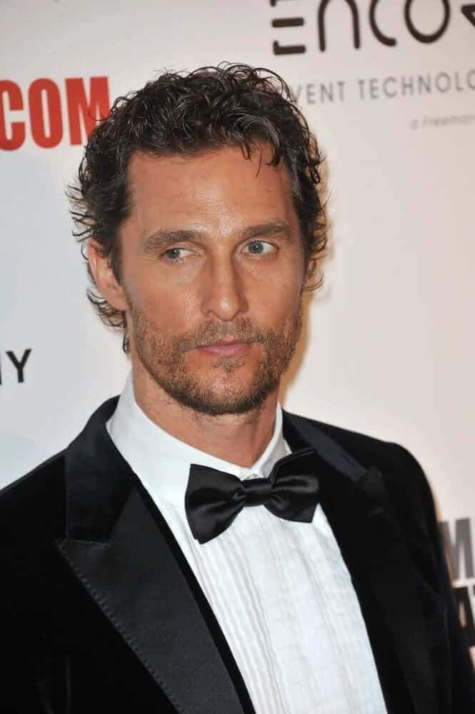 The actor was wearing a soft, semi-quiff hair that has a vintage look to it during the 28th Annual American Cinematheque Award Gala last October 21, 2014.