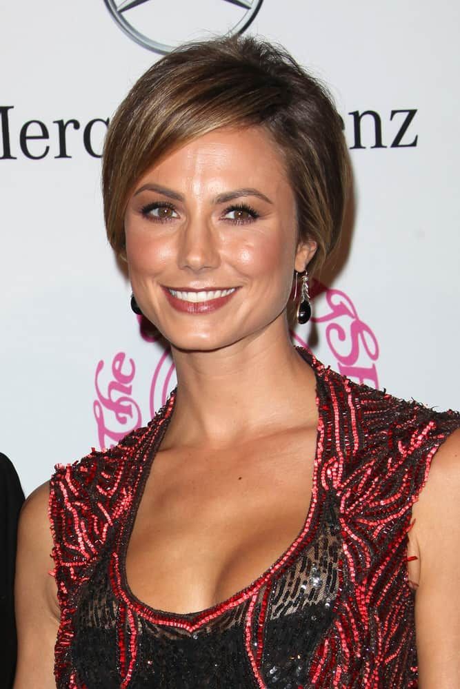 During the 26th Carousel of Hope Gala on October 20, 2012, Stacy Keibler keeps everything prim and proper with her neat upstyle.