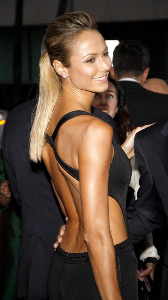 The actress gracing the Los Angeles premiere ofArgowith her elegant ponytail and backless evening gown.