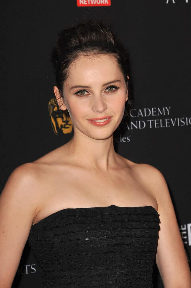 Felicity Jones exhibits nothing but elegance with this fancy upstyle worn  at the 2011 BAFTA Britannia Awards.