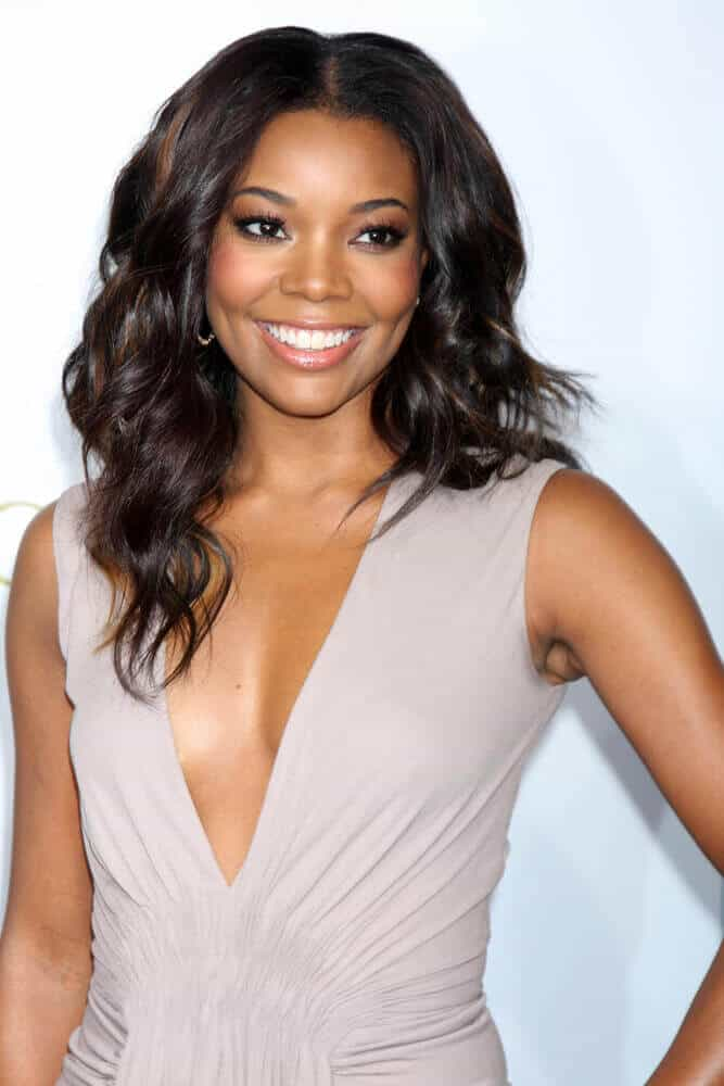 Last Valentine's 2012, Gabrielle Union attended the LA premiere of 'Act of Valor' with her center-parted waves, tossed effortlessly for extra volume.
