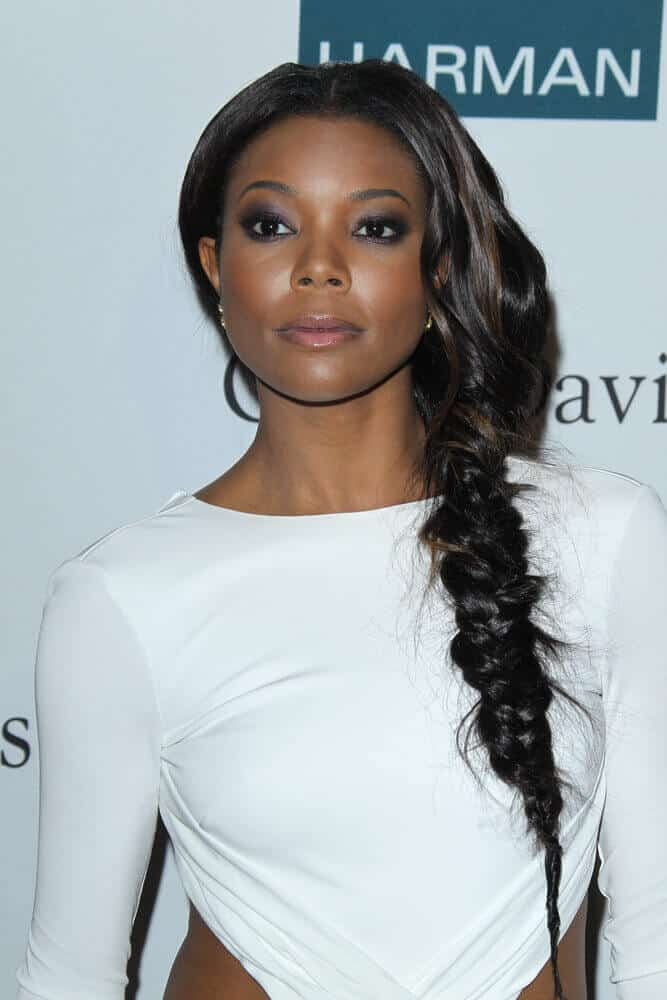 Gabrielle Union sure knows what chic and trendy means. She attended the Pre-Grammy Party last February 11, 2012 with this messy, one-sided fishtail braid.