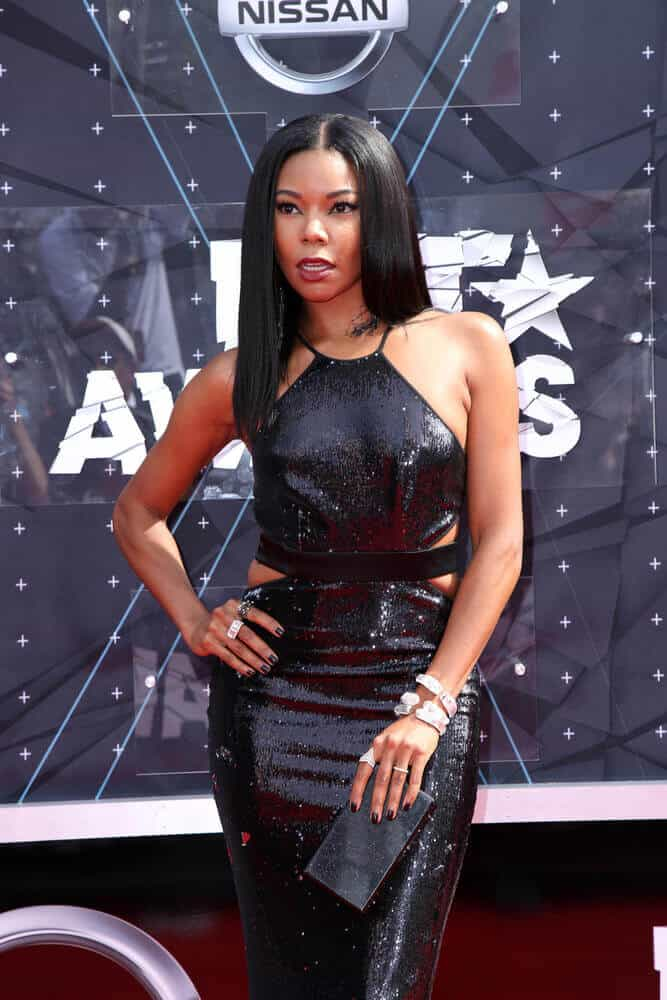 Gabrielle Union going Sleek and Straight.