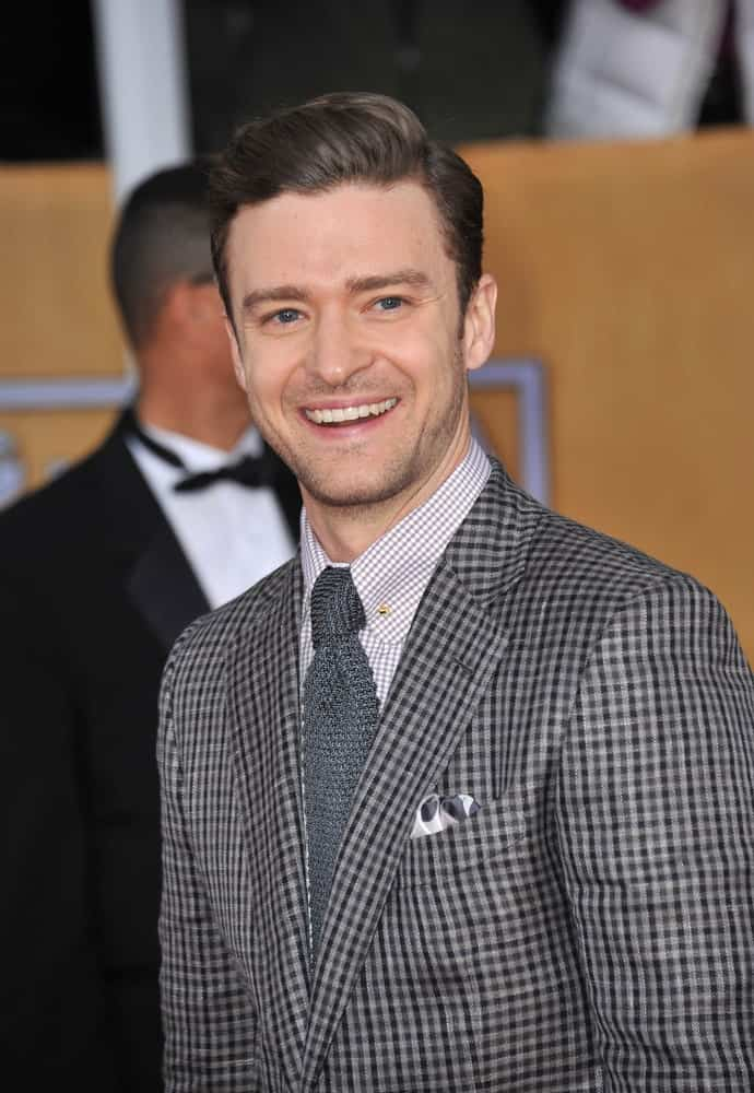 The actor was seen sporting classic straight hair brushed to the side while wearing a checkered suit at the 9th Annual Screen Actors Guild Awards last January 27, 2013.