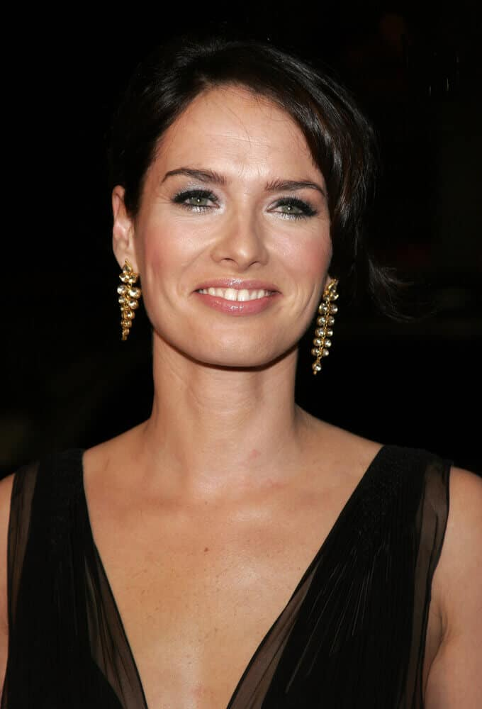 Lena Headey attended the LA premiere of '300' last March 2007 in an elegant upstyle with a twisted tendril on the side.