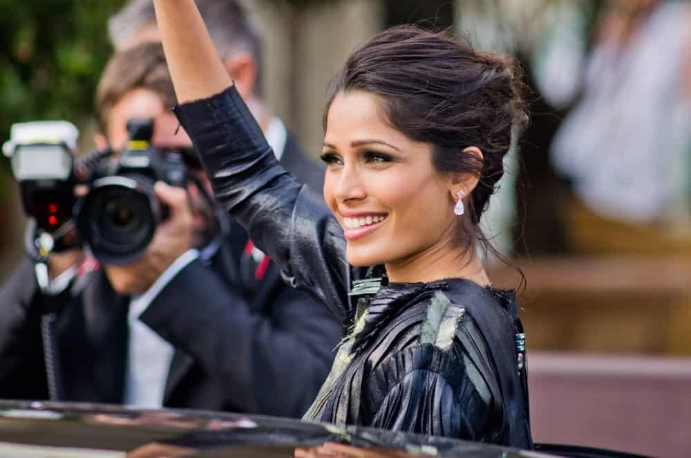 The Indian beauty was seen leaving Hotel Martinez during the 64th Annual Cannes Film Festival last May 19, 2011 in Cannes, France. She wore an elegant detailed dress to match her her messy upstyle hair with tendrils.