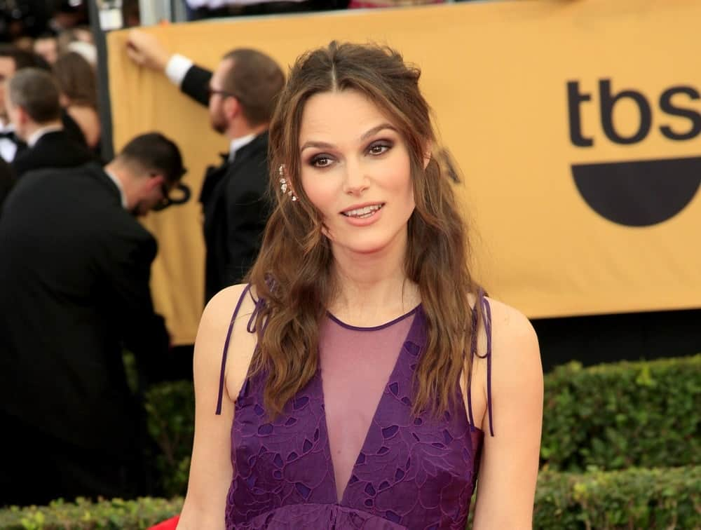 Keira Knightley attended the 2015 Screen Actor Guild Awards at the Shrine Auditorium on January 25, 2015, in Los Angeles, CA. She came with a long half-up hairstyle that has waves and a slight tousle.