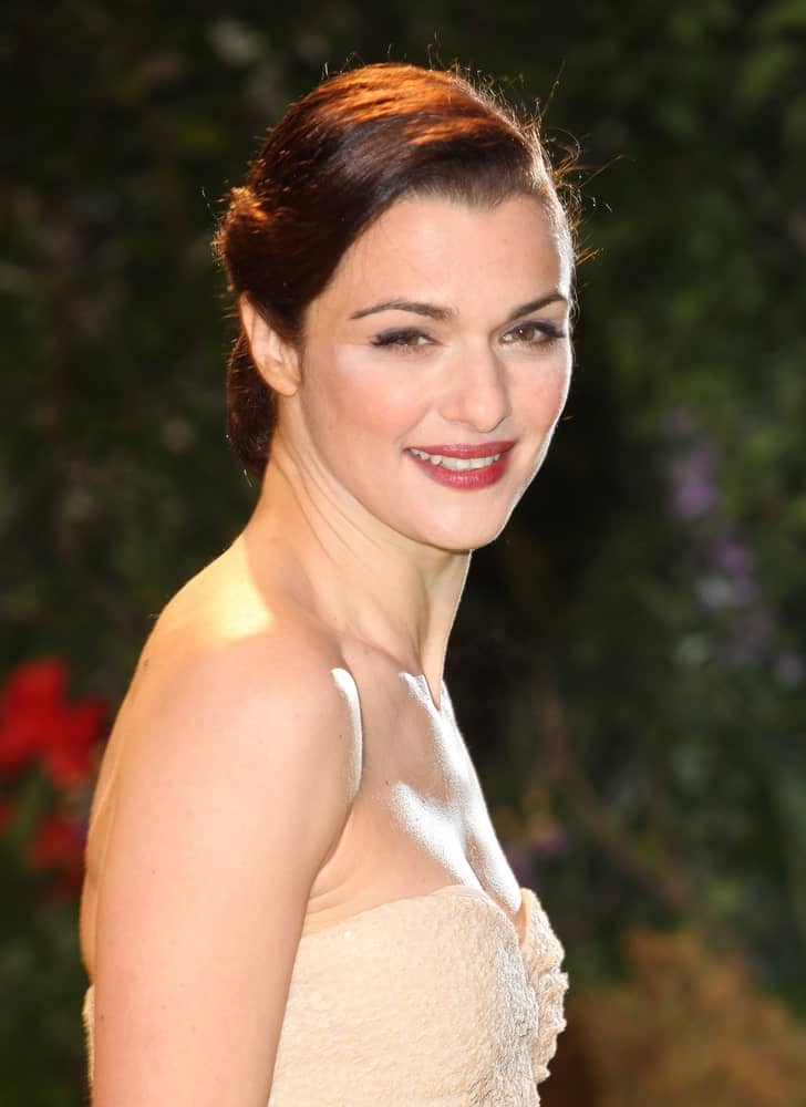 Rachel Weisz looks gorgeous in this nude tube dress and a glam updo that she wore during the UK Premiere of 'Oz, The Great And The Powerful' on February 28, 2013.