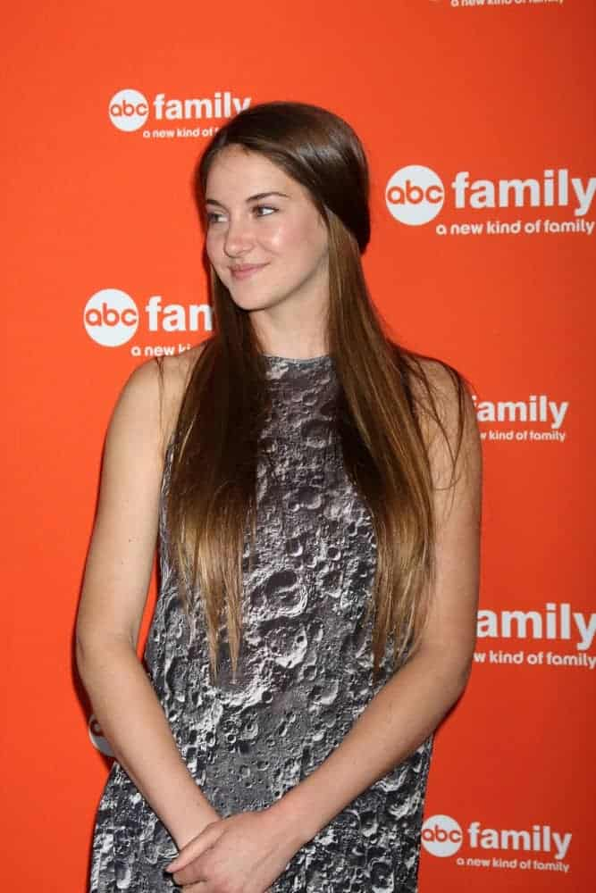 Shailene Woodley was at the ABC Family West Coast Upfronts at The Sayers Club on May 1, 2012, in Los Angeles, CA. She wore a patterned dress that she paired with her long and silky straight brunette half-up hairstyle.