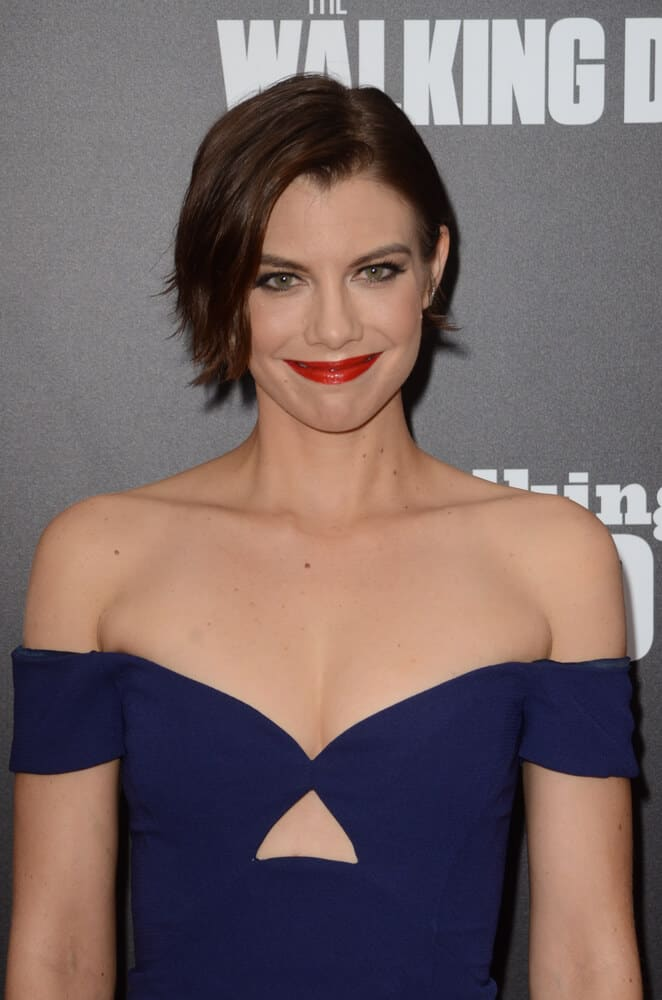 Lauren Cohan attended the AMC's Special Edition of  Talking Dead last October 23, 2016 in this side-parted short haircut.