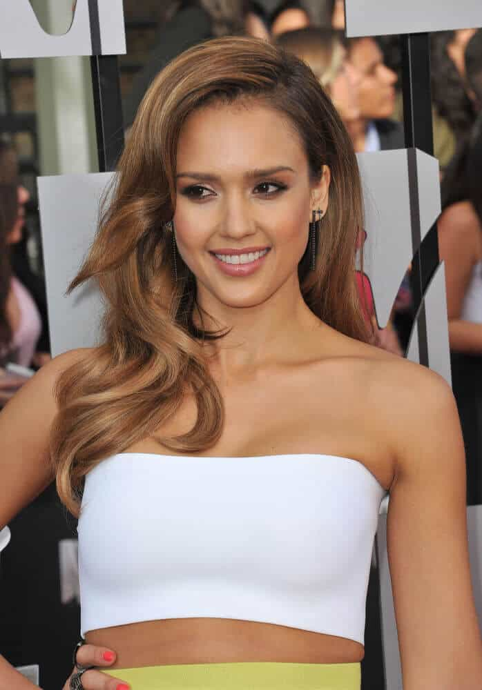Jessica Alba in a full, voluminous hairstyle.