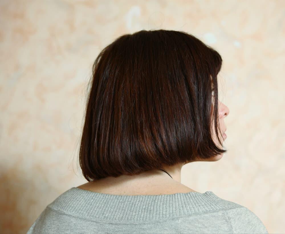 Haircut for short, thick hair.