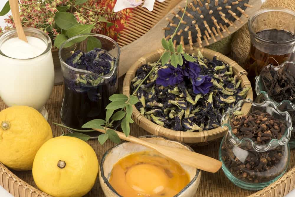 Various fruits and herbs that are alternatives to hair dye.