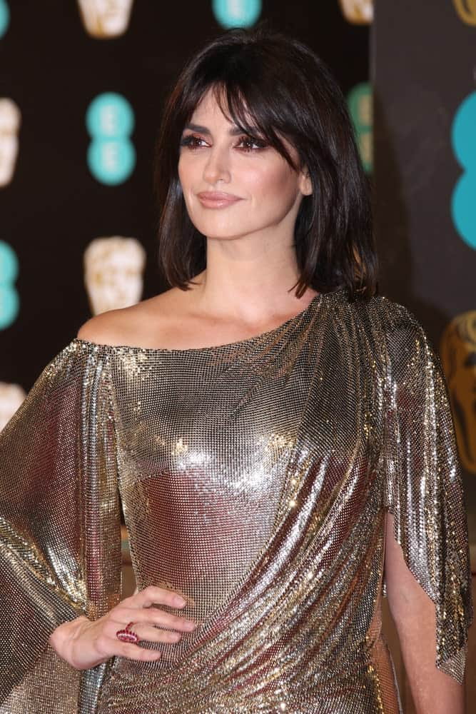 Penelope Cruz showcasing her shoulder-length bob with some bangs at The EE British Academy Film Awards held on February 12, 2017.