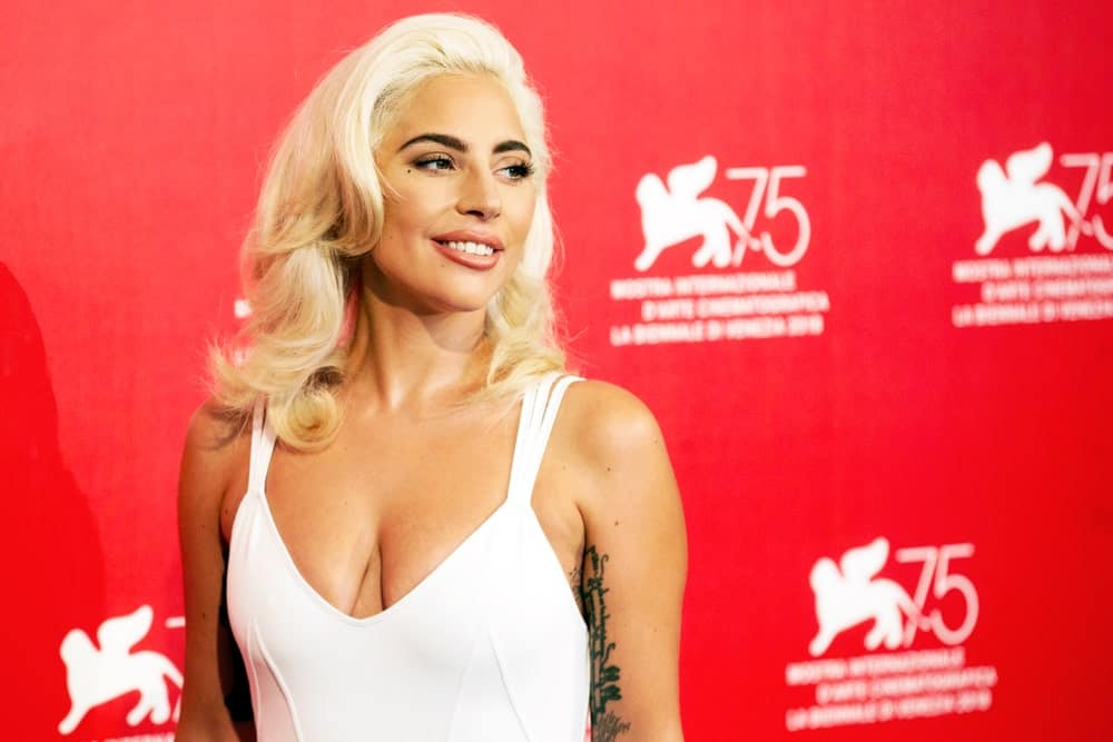 Dozens of modern-day star have copied Marilyn Munroe's classic hairdo and recreated it as their own. Lady Gaga is rocking the look with slightly longer hair.