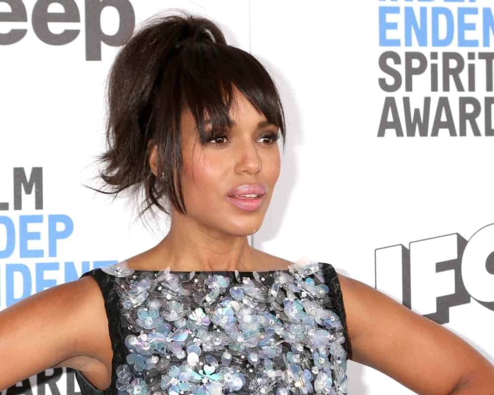 Uneven and choppy bangs are very trendy these days. Ask your stylist to give your hair an edgy, choppy cut with medium length and long layers on the front and side, respectively. Tie your hair back in a cool ponytail like Kerry Washington for an effortless look.