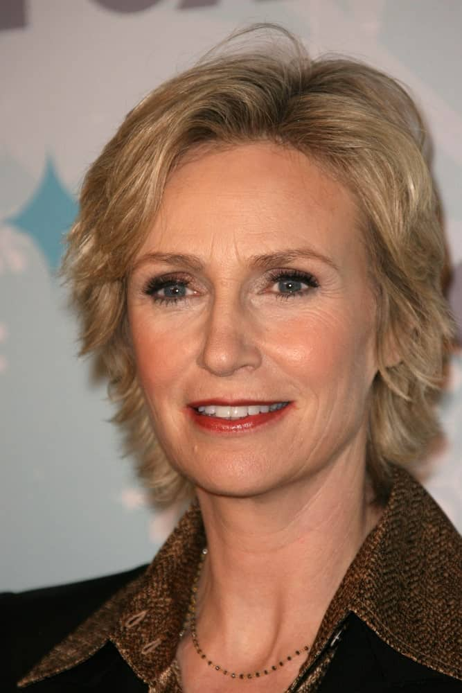 Slightly longer than the bob haircut, this is one casual and easy going haircut that does not ask for daily maintenance. The slightly disheveled look is what adds an unexplainable charm to this hairstyle. Perhaps, it was tempted Jane Lynch to try out this style as well.